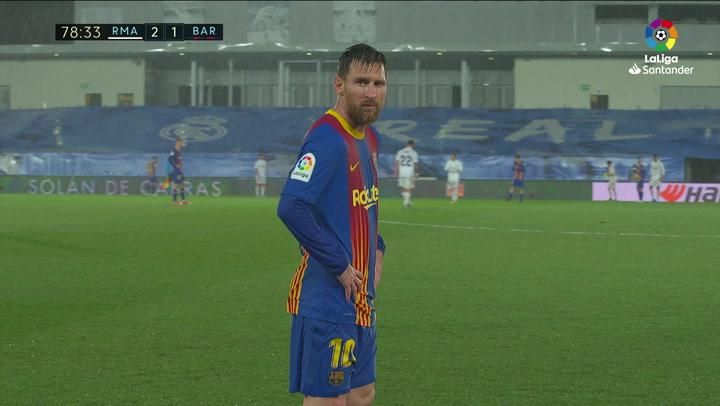 El chaparrón de Valdebebas dejó así a Messi: temblando de frío ante la cámara