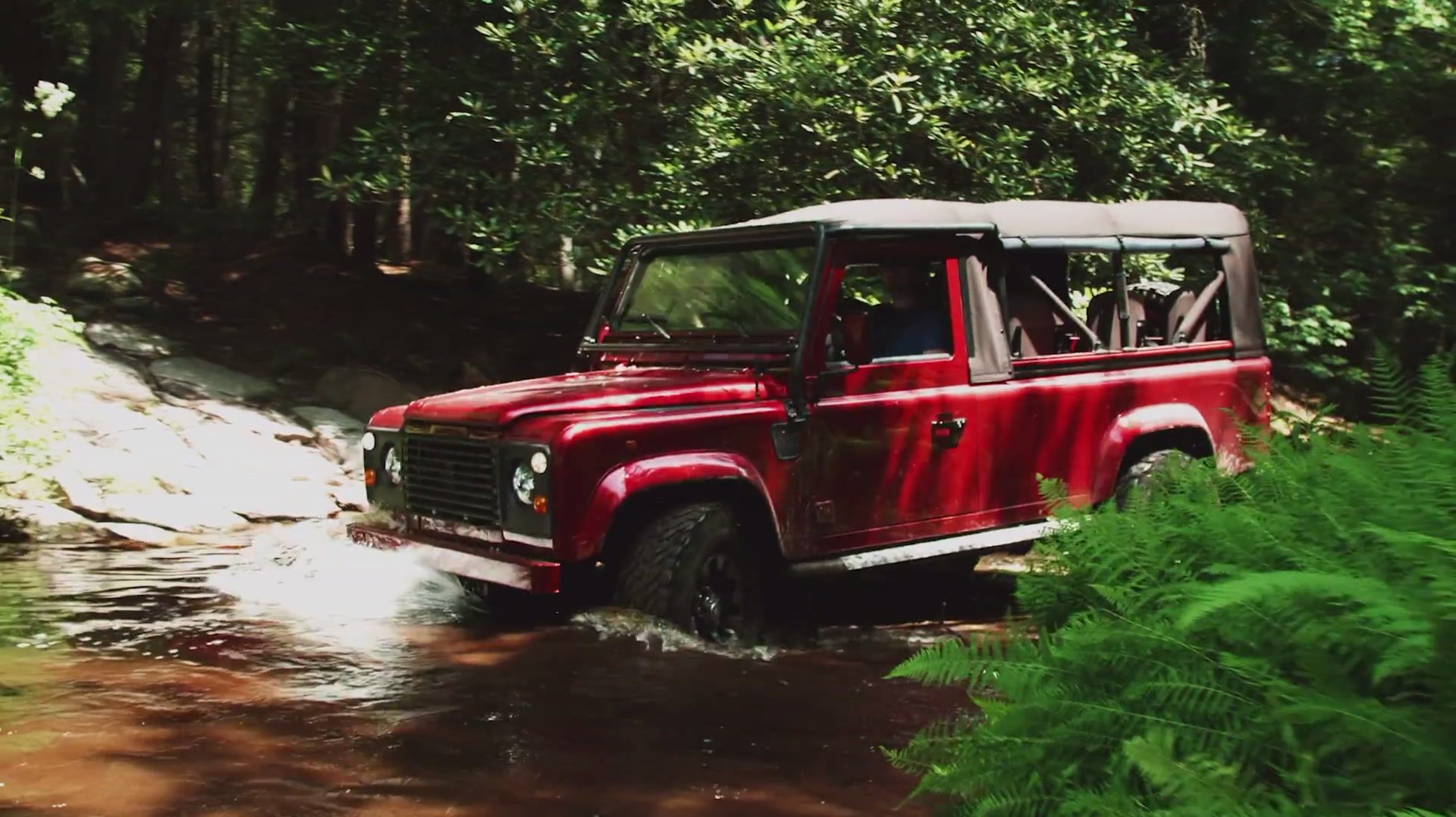 This Perfect Classic Defender Is Actually Brand-New From the Ground Up