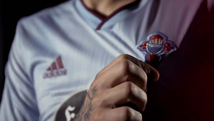 Maxi Gómez, ausente en la presentación de la camiseta del Celta