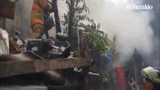 Voraz incendio consume vivienda en Comayagüela