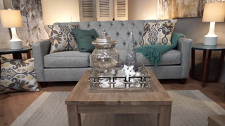 How Do I Decorate a Coffee Table for Each Season?