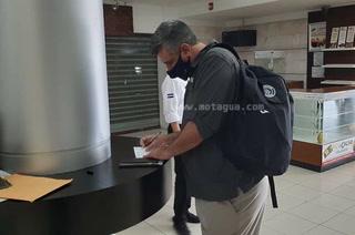 Diego Vázquez se recupera de covid-19 y viaja a EUA para dirigir los clásicos Motagua vs. Olimpia