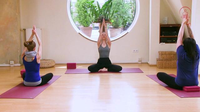 Yoga übungen Am Morgen