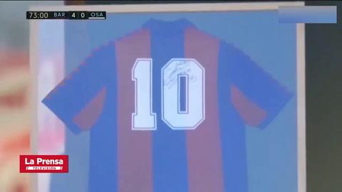 Messi sorprende con espectacular homenaje a Maradona