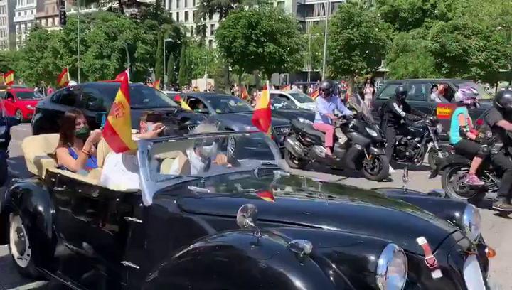 Rolls Royce en la manifestación de VOX en Madrid