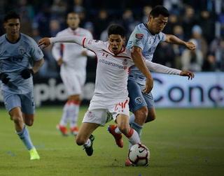 Kansas City con Roger Espinoza humilló 3-0 a Toluca en Conchampions
