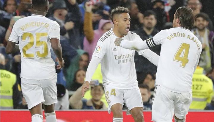 Así recibió el vestuario a Mariano tras su gol en el Clásico