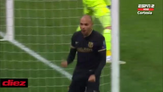 Martin Braithwaite amplia la ventaja del Barcelona ante el Dinamo Kiev