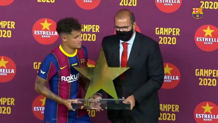 Coutinho, MVP del partido, ganador del premio Estrella Damm