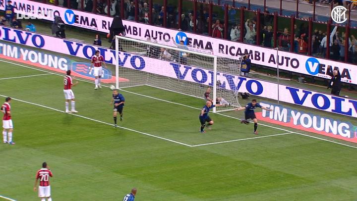 El hat-trick de Diego Milito ante el Milan