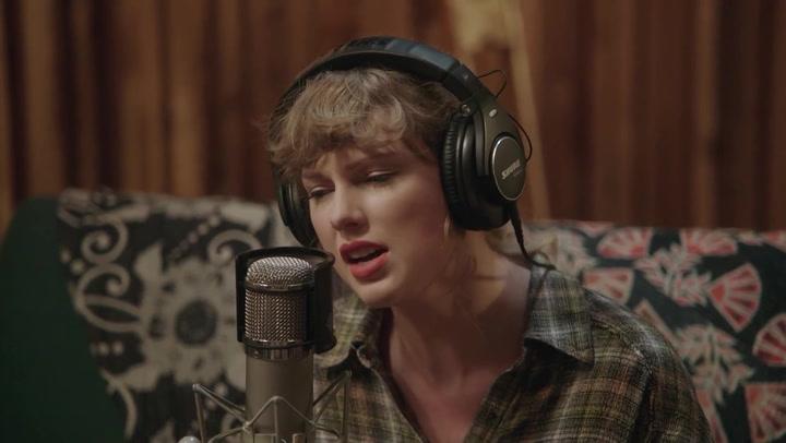 Taylor Swift anuncia otro disco sorpresa, 'Evermore'