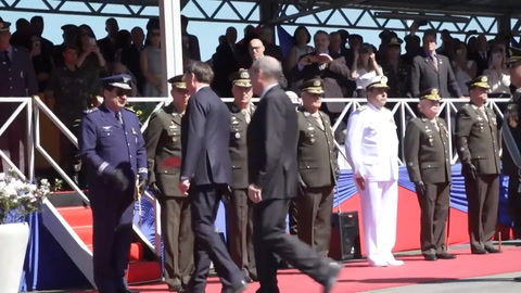 Bolsonaro resalta a medios, RSF ve periodo sombrío en Brasil