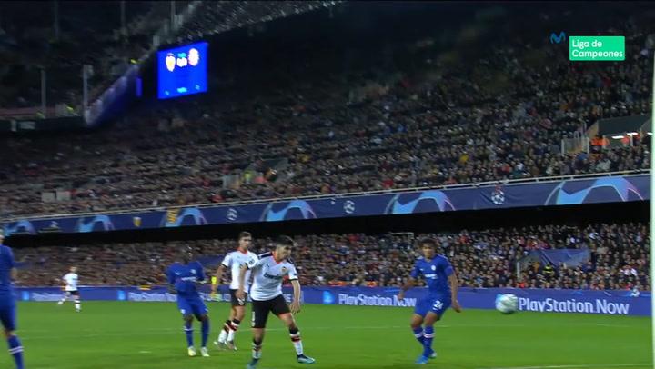 Champions League: Valencia - Chelsea. Gol de Carlos Soler (1-0)
