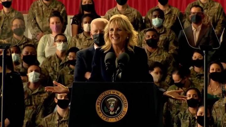 Jill Biden reminds president to 'pay attention' during speech