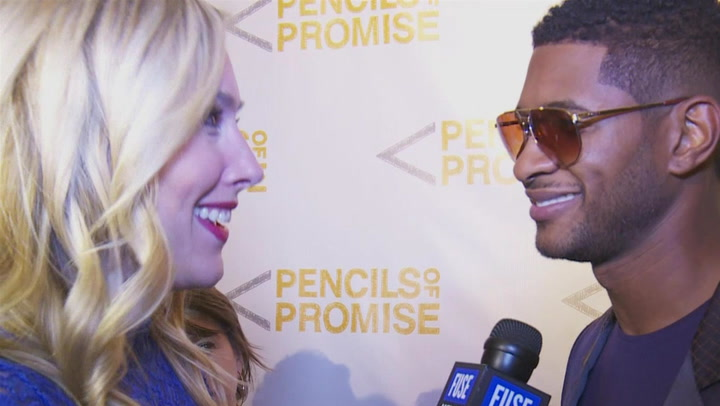 Usher Gets Super Excited For The Voice: #TBT