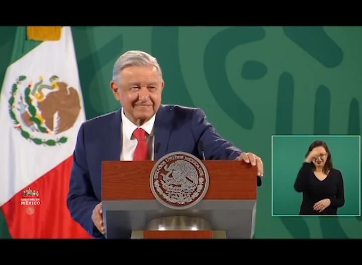 Presidente de México da positivo por COVID-19 y recibe asistencia médica