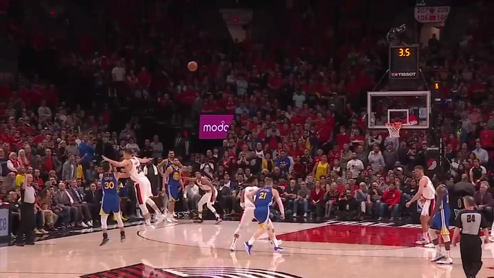Stephen Curry, el jugador más destacado del Blazers-Warriors del playoff de la NBA