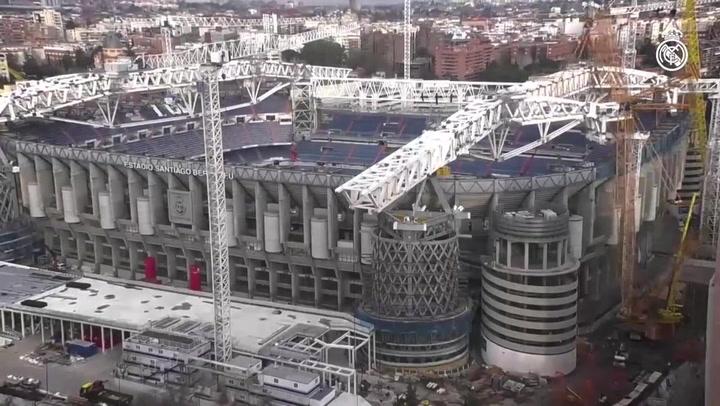 Avanzan las obras de la nueva cubierta del Santiago Bernabéu