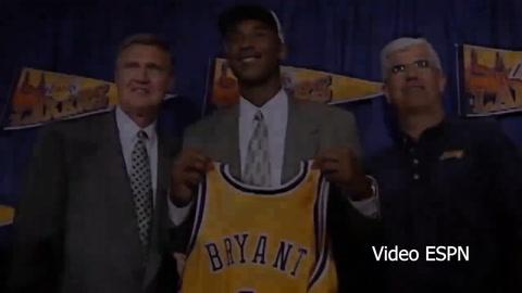 Inmortalizado: Kobe Bryant es oficialmente miembro del Salón de la Fama