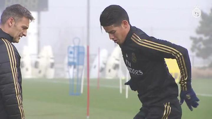 Último entrenamiento antes de la visita a Mestalla