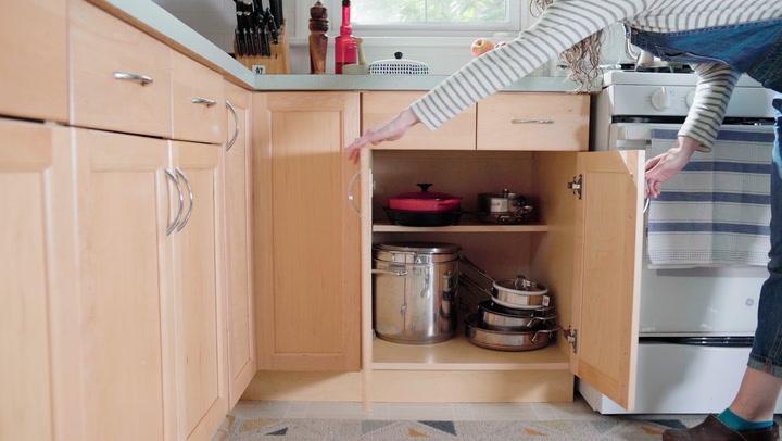 How To Adjust Cabinet Doors