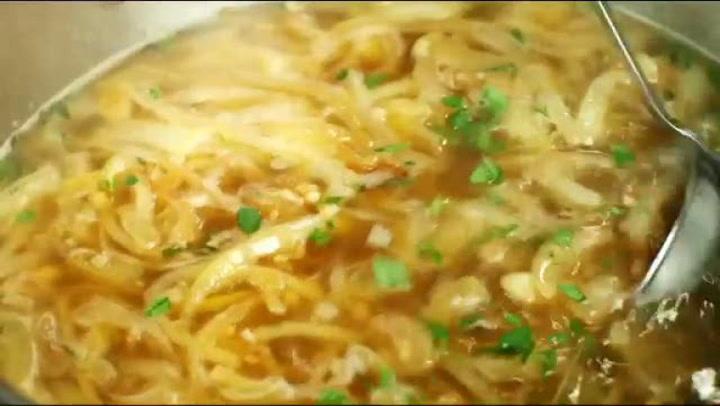 Hvordan lage fransk løksuppe