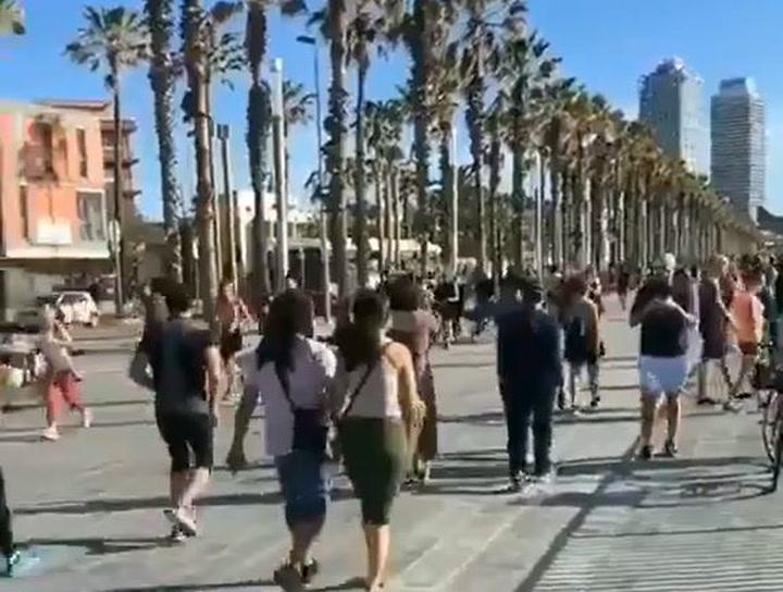 Empieza la desescalada de las medidas de confinamiento en Barcelona