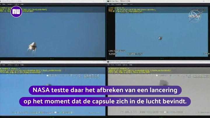 Geslaagde test: ruimtecapsule maakt noodlanding met parachutes