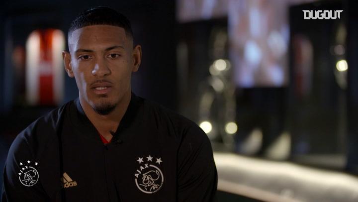 Sébastien Haller's first Ajax interview