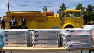 Firefighters deliver free pizza to coronavirus testers – VIDEO