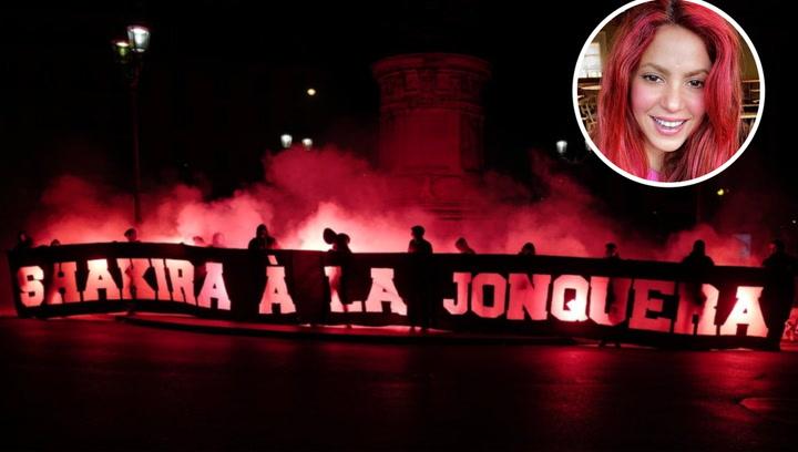 Despreciable pancarta machista de los ultras del PSG contra Shakira