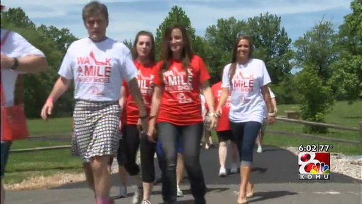 Mid-Missouri residents participate in \'Walk a Mile in Her Shoes\' event