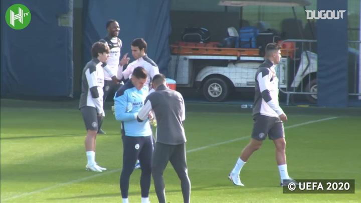 El entrenamiento del City previo a su partido ante el Oporto
