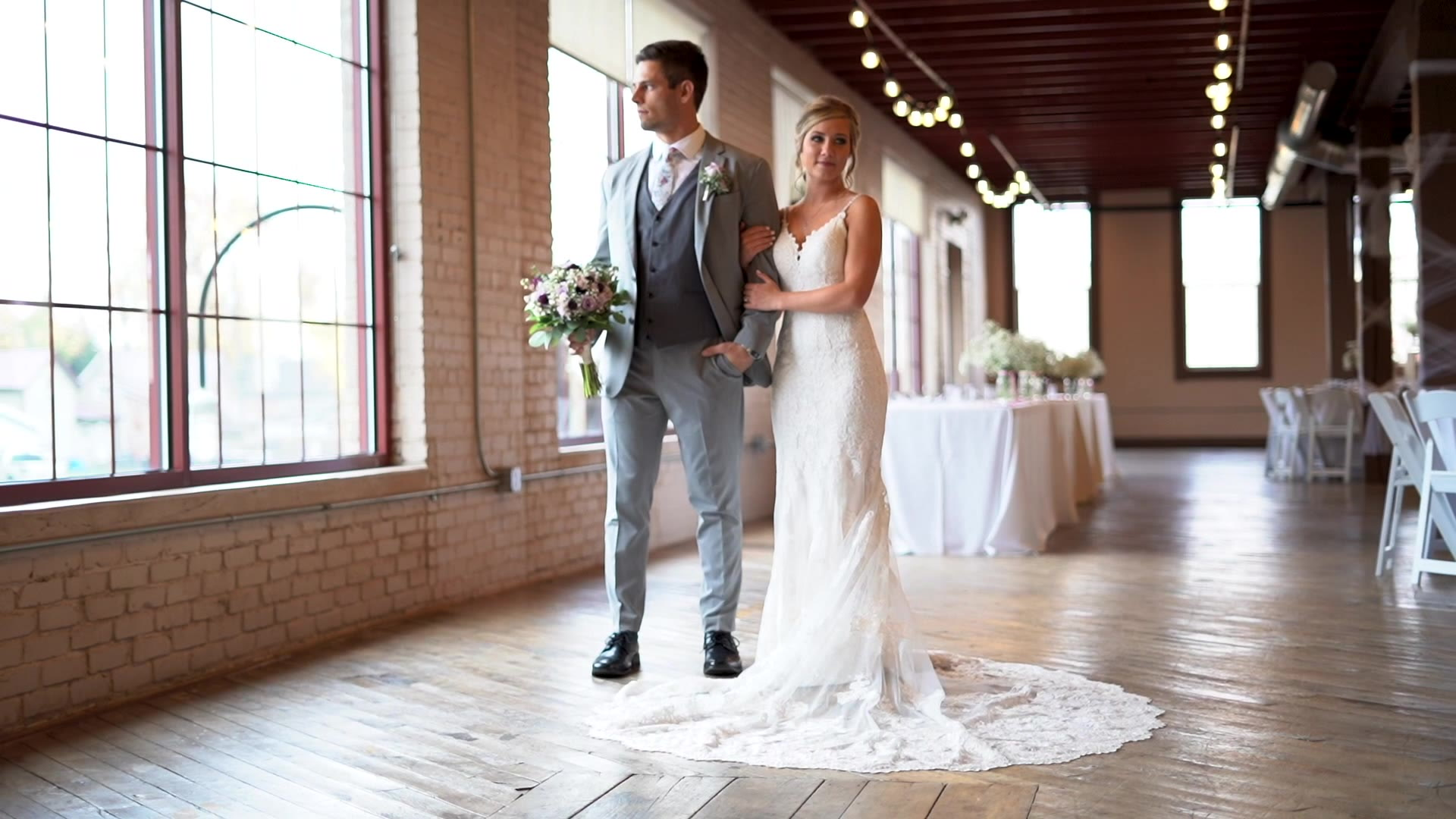 Kaitlyn + Garrison | Nappanee, Indiana | Coppes Common Event Center