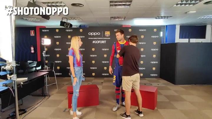 Piqué se enfrenta a un '7 Second Challenge' muy italiano