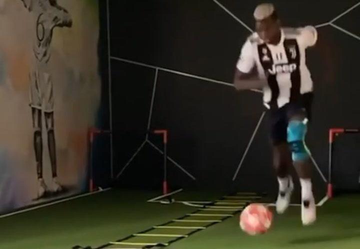 Pogba, confinado en casa por el coronavirus, entrena con la camiseta... de la Juventus