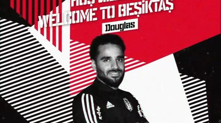 El ex culé Douglas firma por el Besiktas en plan estrella