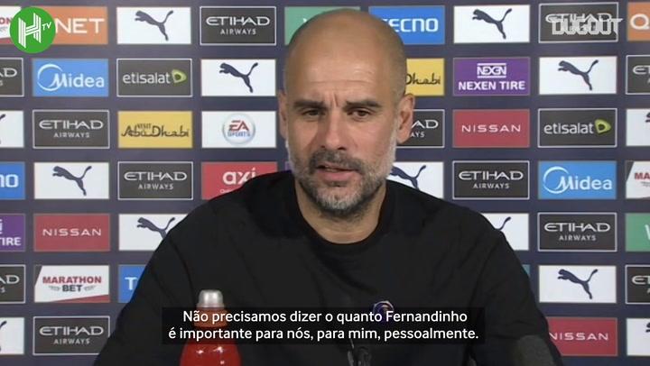 """Guardiola elogia Fernandinho, mas desconversa sobre renovação: """"ele e o clube vão conversar"""""""