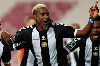 Bryan Róchez anota en derrota del Nacional de Madeira en la Liga de Portugal
