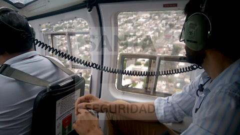 En helicóptero, Pullaro se sumó a los operativos para frenar la ola de violencia en Rosario