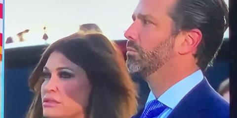Hijos de Donald Trump lloran y aplauden su discurso de despedida