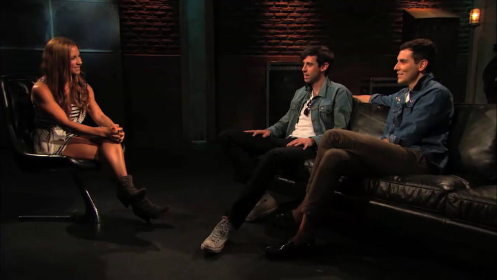 Shows: Top 20: Cobra Starship vs. The Biebs
