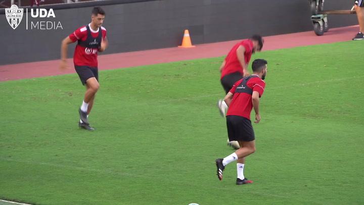 El Almería regresa a los entrenamientos tras haber dado negativo en los tests