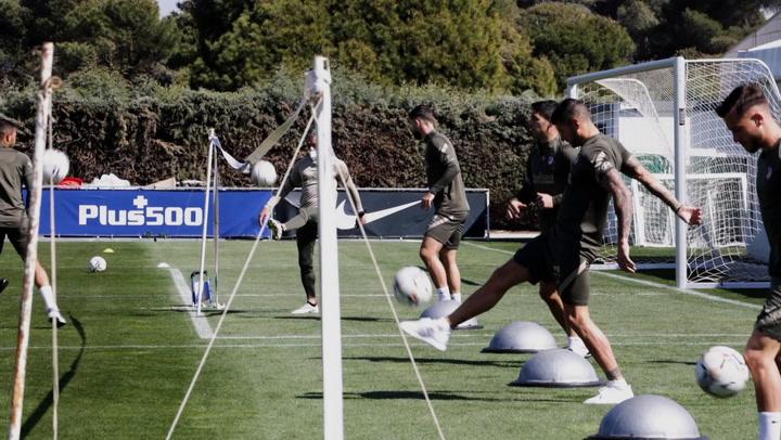 Giménez no ha entrenado hoy con el Atlético de Madrid