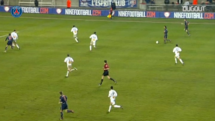 Ronaldinho's stunning assist against Troyes in 2003