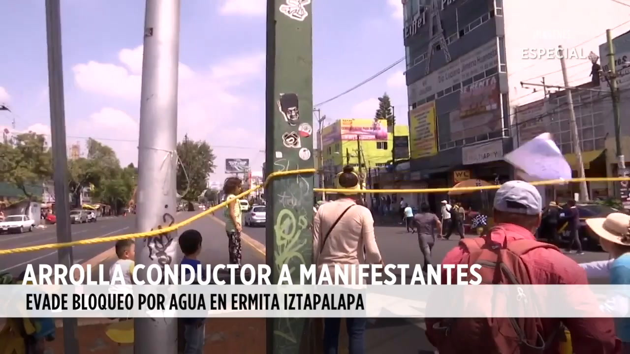 Video: Arrolla conductor a manifestantes