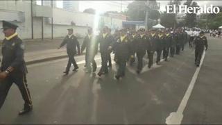 Veteranos de guerra encabezan inauguración de desfiles capitalinos