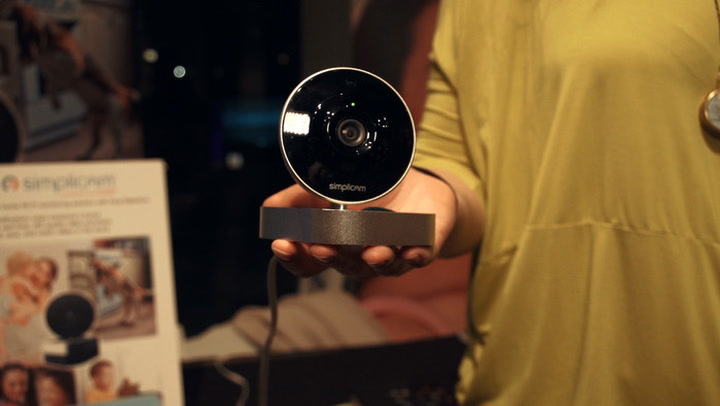 Wi-Fi security cam Simplicam can detect faces, cutting down on false