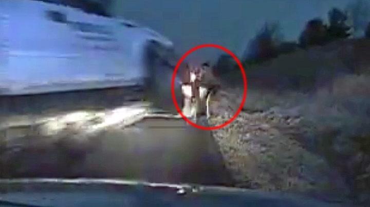 Politifolk unnslapp med nødskrik «flyvende» pickup