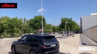 El último día de Luis Suárez en Barcelona y el grito de un aficionado: